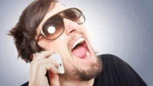 melakukan telpon