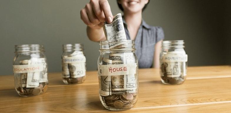 pisahkan uang usaha dengan uang pribadi