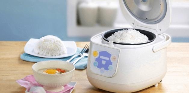 menanak nasi